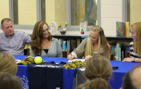 Photos: Shoop signs with Southern Union