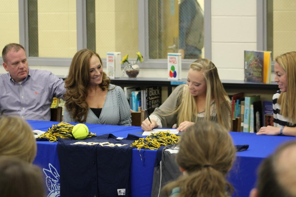 Shoop will play softball at Southern Union Community College next season.
