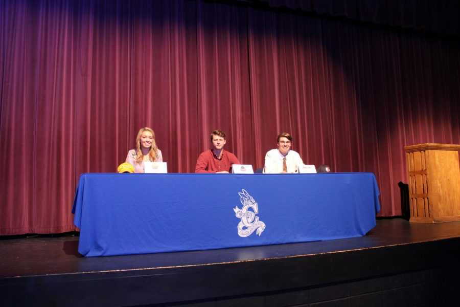 Gallery: Senior athletes sign to continue careers