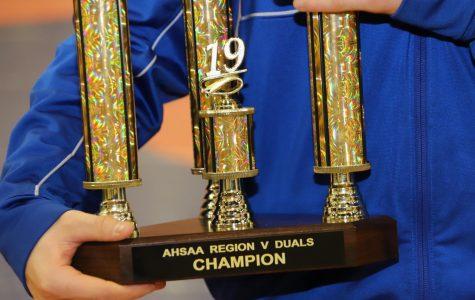 Hornet wrestlers win region duals